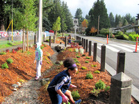 2012 Cougar Creek Streamkeepers - Sunshine Hills Rain Garden-2